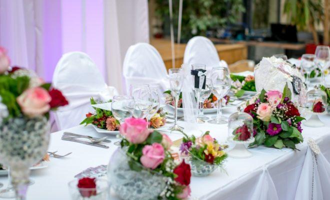Travailler dans l'événementiel pour organiser des mariages