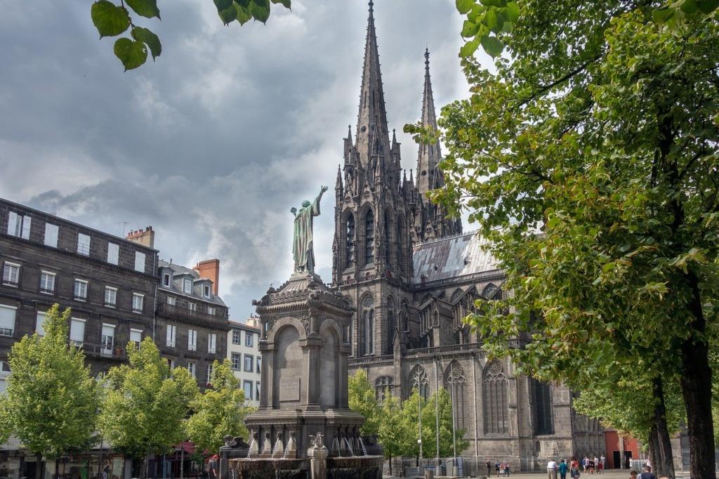 bureau à Clermont-Ferrand