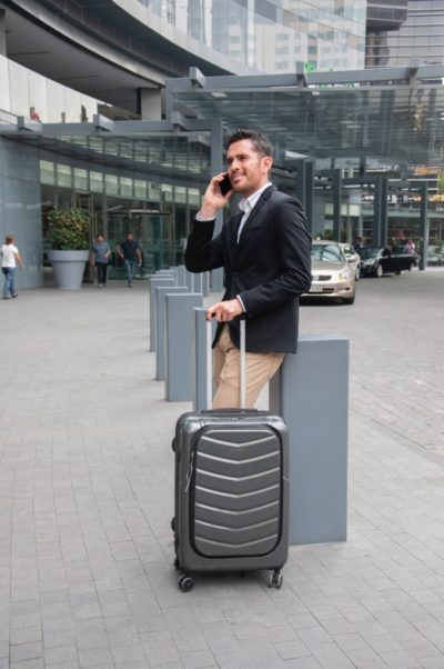 homme affaires aeroport