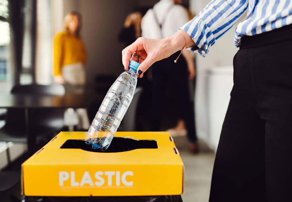 recyclage papier carton plastique RSE